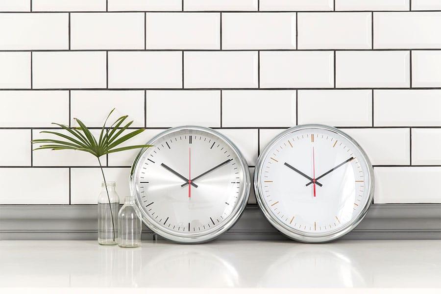 Lovel 31cm工業極簡鐵框魚眼鏡面靜音時鐘 - 共2款