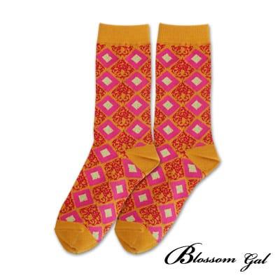 Blossom Gal 菱格撞圖騰配色造型短襪(黃)