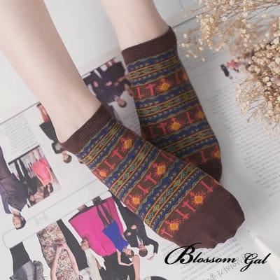 Blossom Gal 太陽圖騰滿版造型短襪(咖)